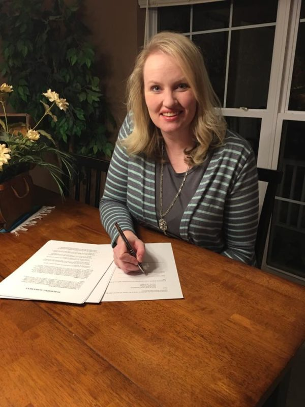me-signing-contract-with-tyndale-house